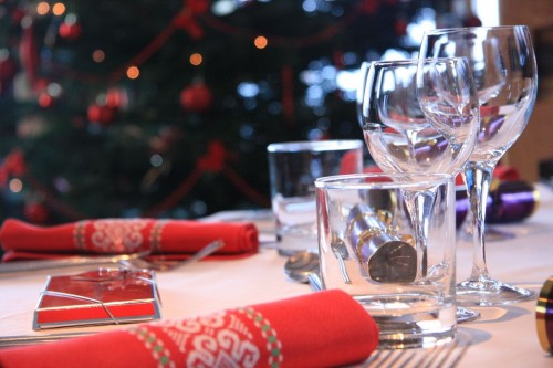 Red: traditional colour of Christmas