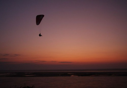 Paragliding in the dusk on the Dune du Pilat