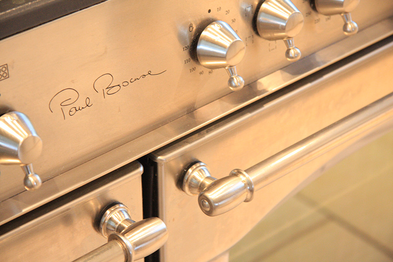 Our Rossiere stove with 5 gas hobs and 2 ovens